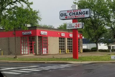 Big Rays Oil Change Peoria, IL location